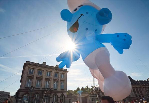 (国际)(1)布鲁塞尔举行卡通气球大巡游